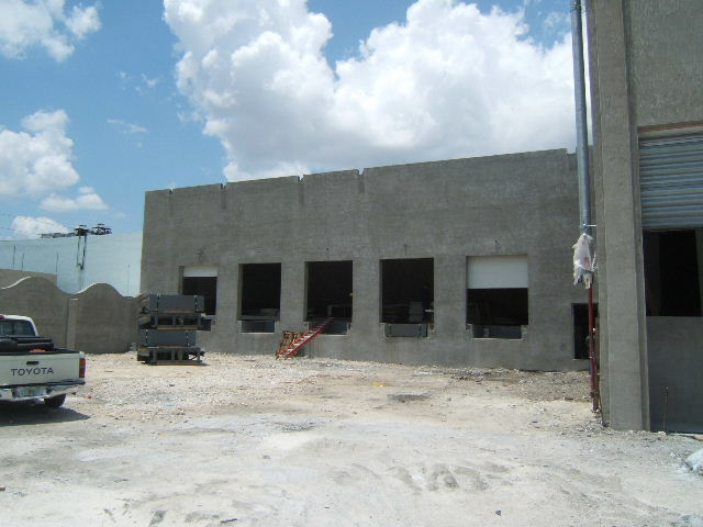 Alfa Gamma Group. Seafood Processing, Shipping, Receiving, & Cold Storage Warehouse. Medley Miami Florida
